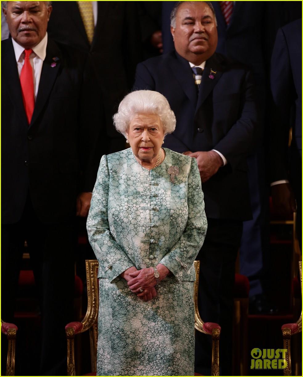 queen elizabeth prince charles request 094067259