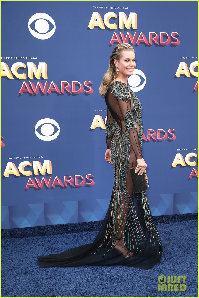 rebecca romijn jerry oconnell acm awards 2018 014065556