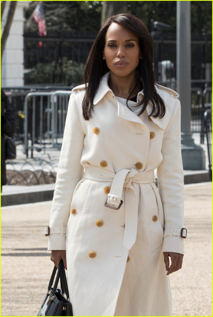36f064b7acbb65 'Scandal' Series Finale Photos - Olivia Pope in Her White Coat, One Last  Time!