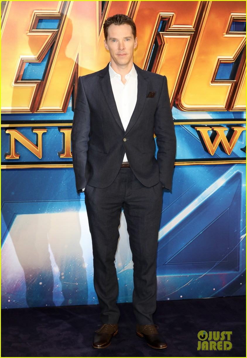 Paul Bettanys Suit At The Avengers Event In London Was The Real Superhero picture