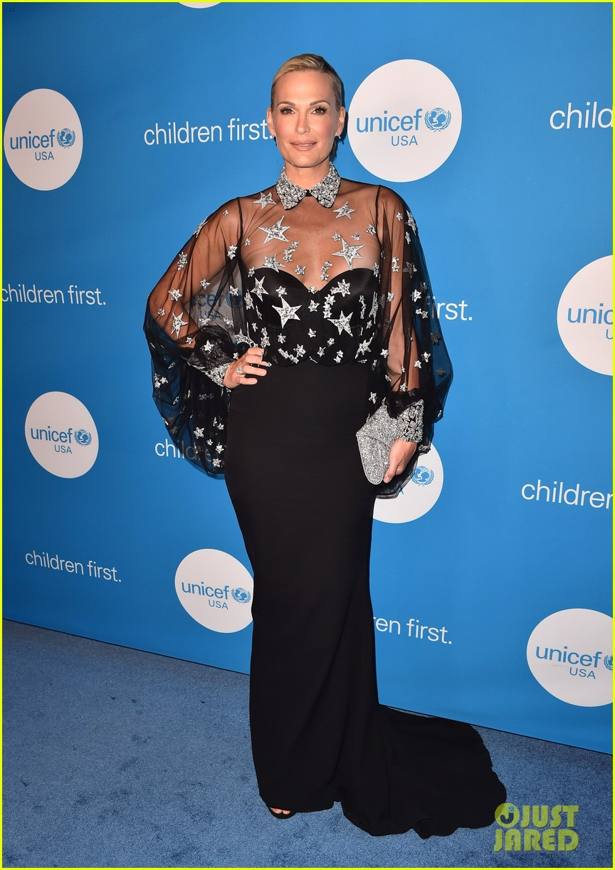 salma hayek unicef ball 134065019