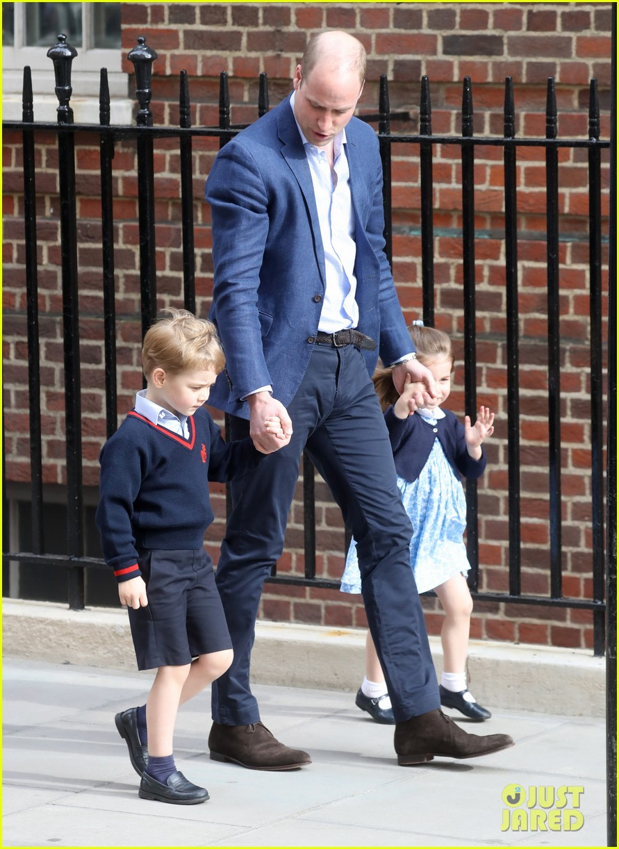 prince george princess charlotte visit baby brother 394069435