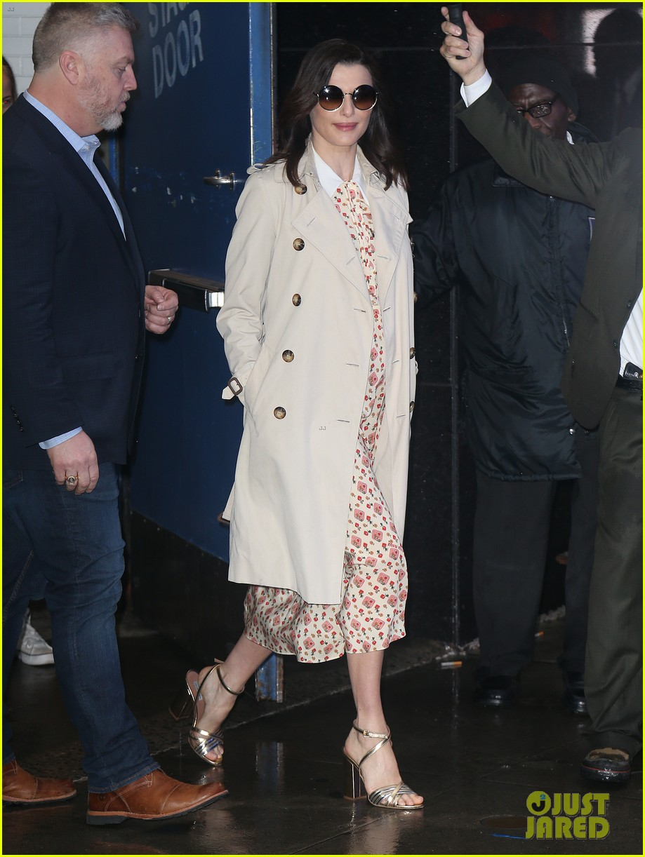 Pregnant Rachel Weisz Covers Baby Bump With Pretty Floral