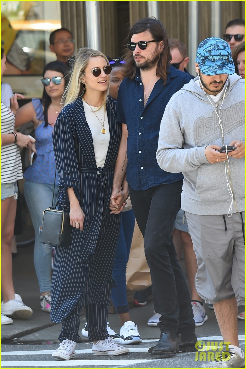 dianna agron winston marshall match in navy clothing 044090632