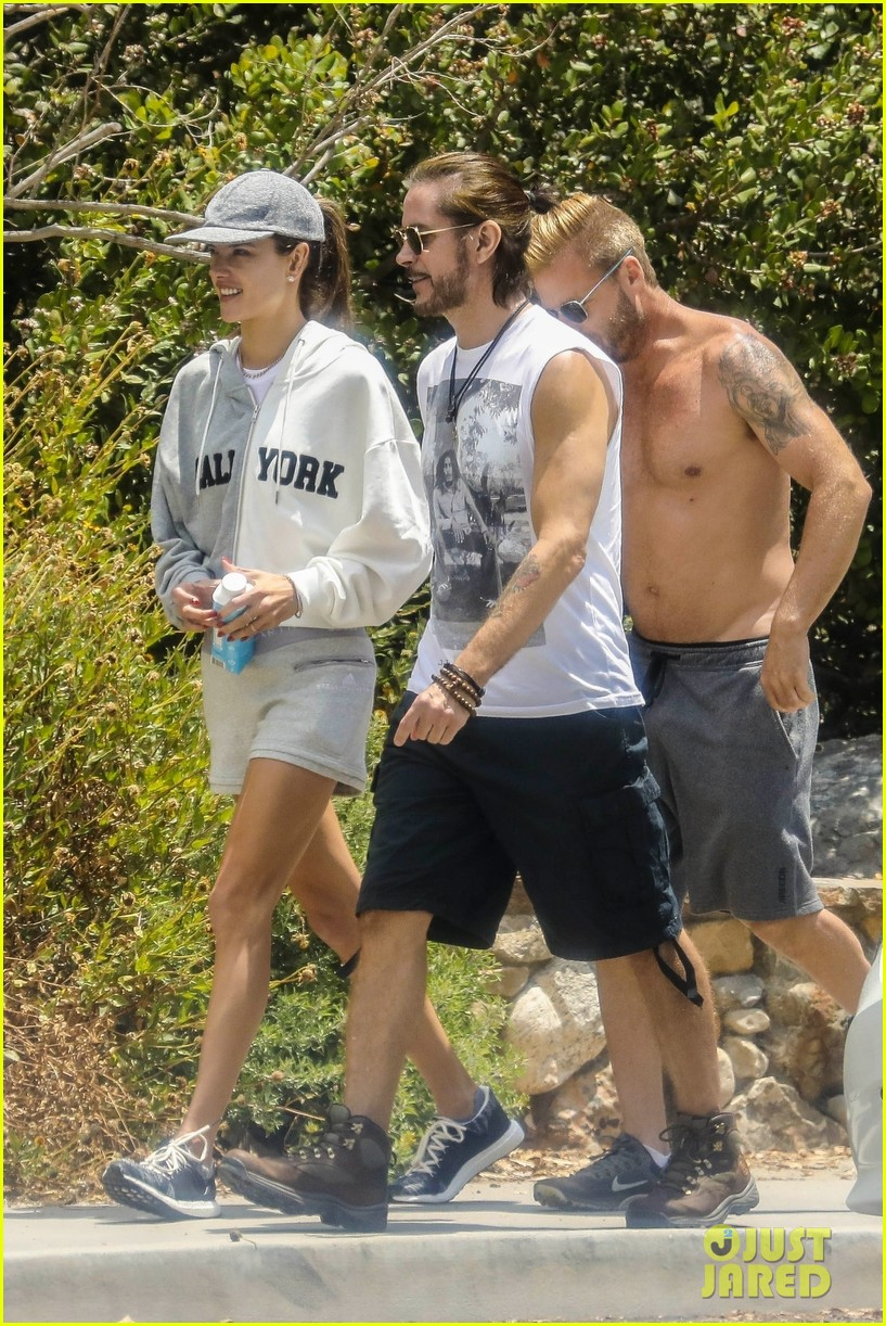 alessandra ambrosio goes hiking with producer raul guterres 034091534