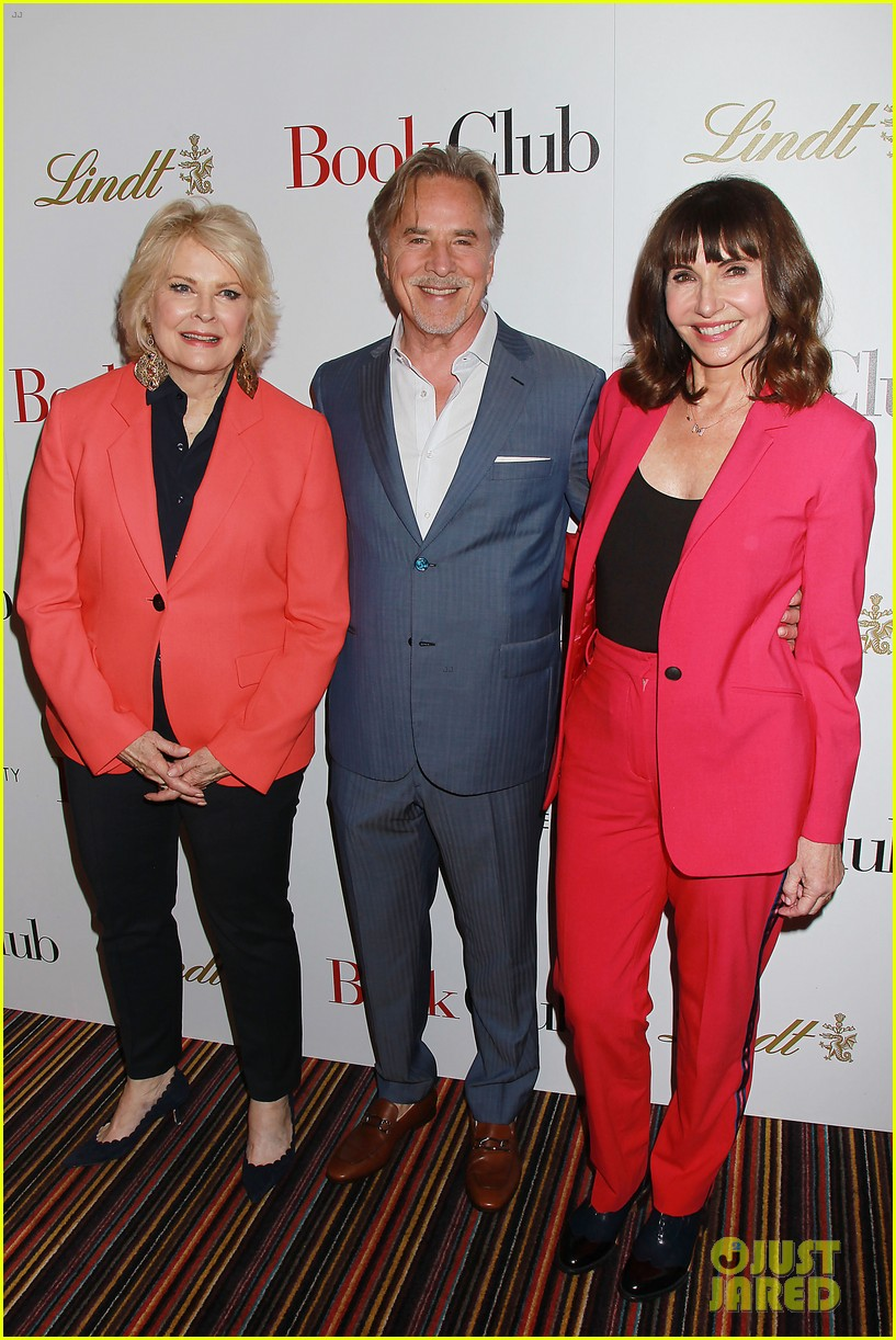 candice bergen don johnson mary steenburgen attend book club screening in nyc 114083963