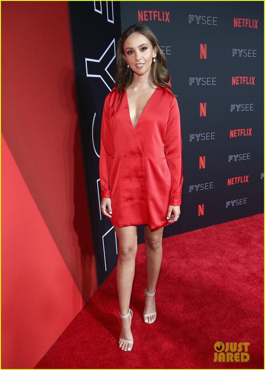 alison brie krysten ritter more step out for netflixs fysee kick off celebration 594078183