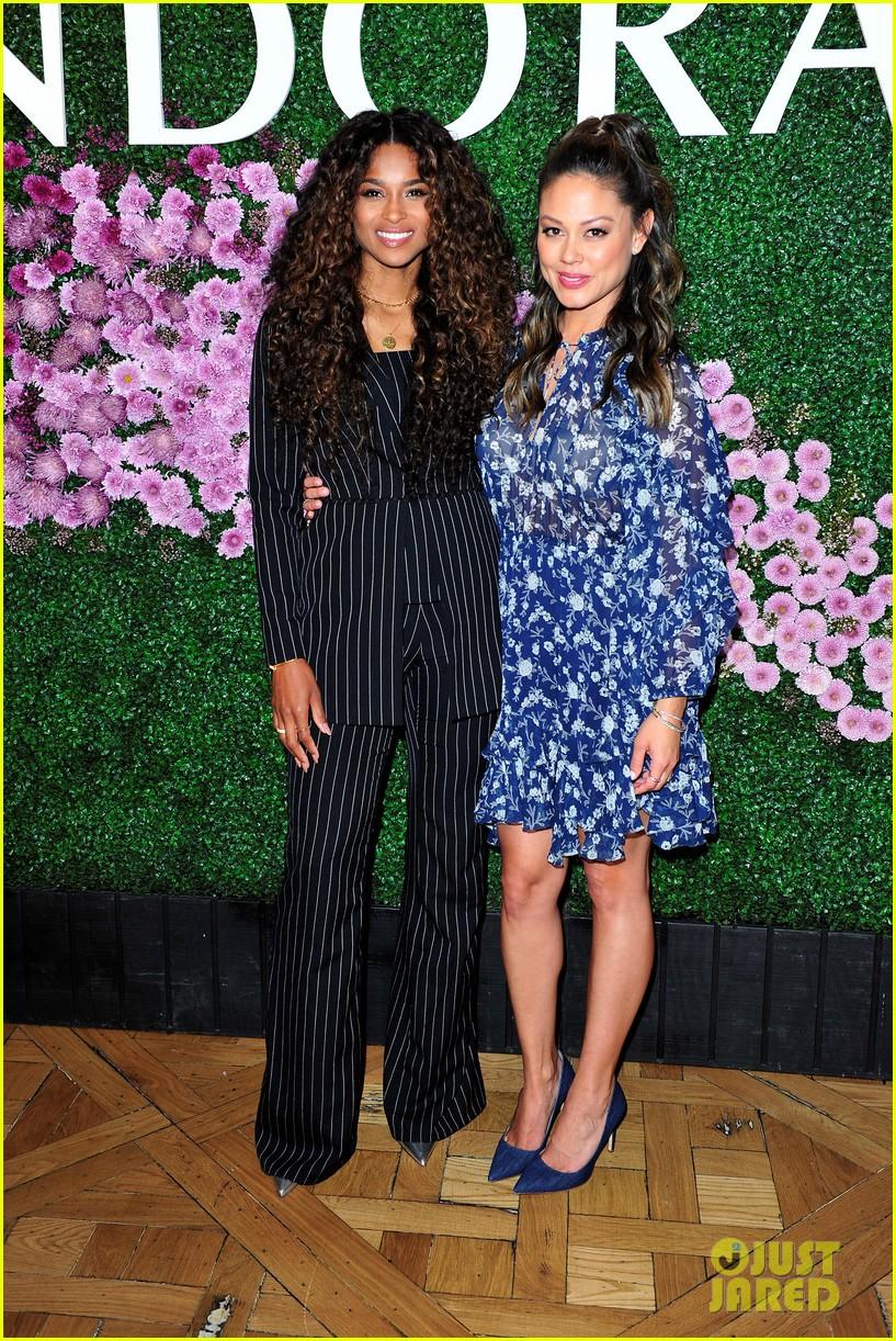 Ciara Celebrates Pandora Jewelry S New Mother S Day