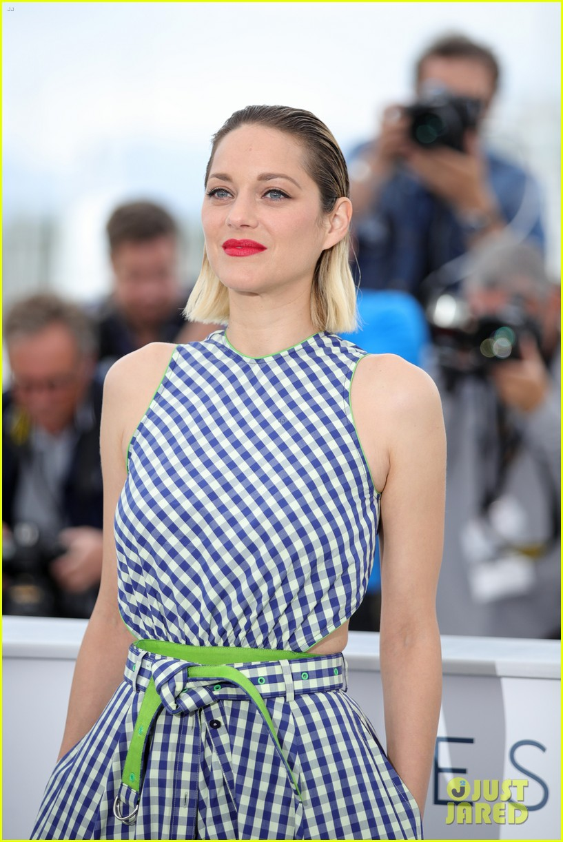 marion cotillard angel face cannes photo call 034081461