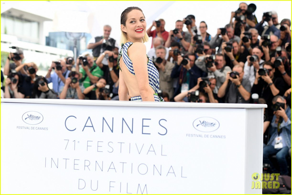marion cotillard angel face cannes photo call 054081463