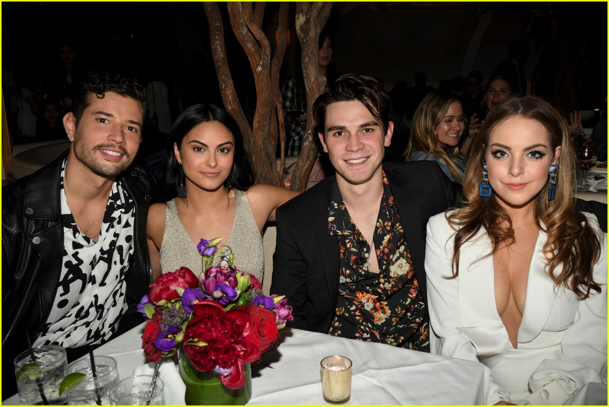 riverdale cast teams up for the cws upfront party 2018 054085838