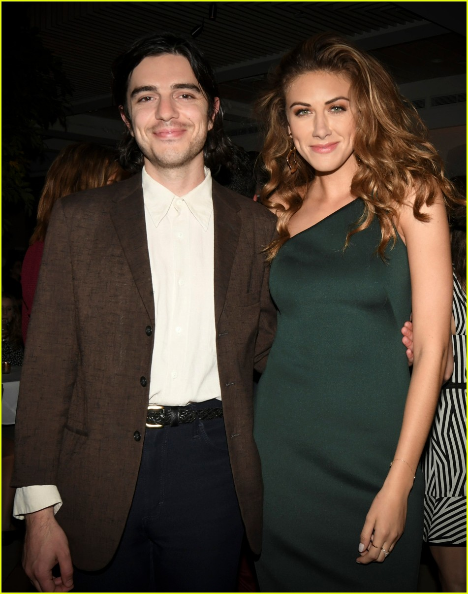riverdale cast teams up for the cws upfront party 2018 164085849
