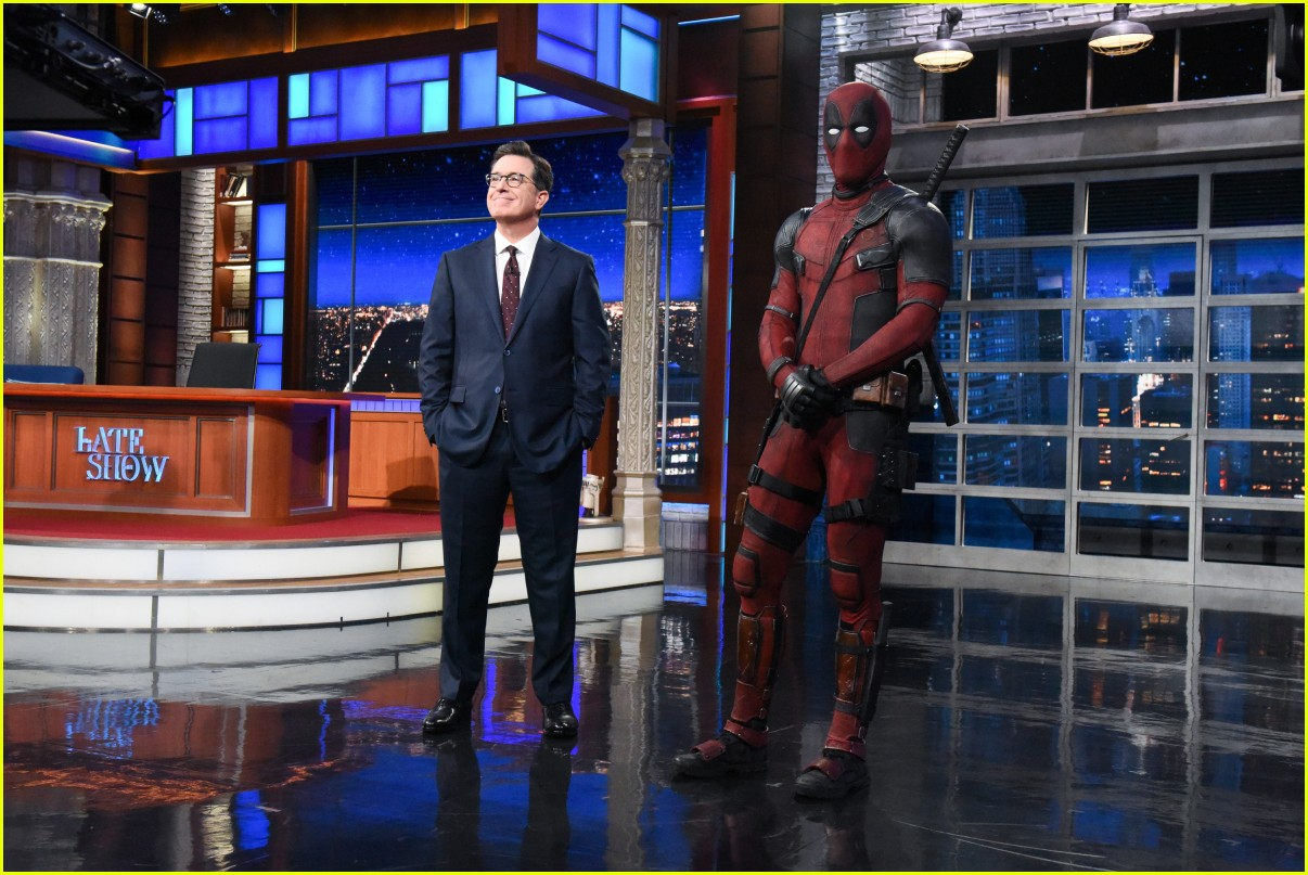 deadpool crashes stephen colbert 044084127