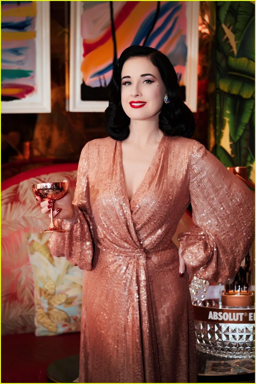 304ba332ba5 Dita Von Teese Hosts Cocktail Party to Celebrate Her Tour  Photo ...