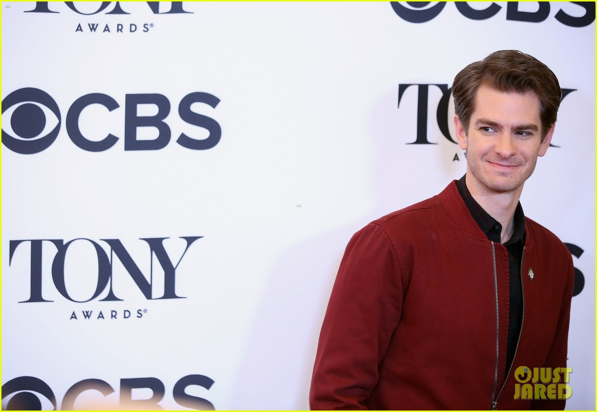tina fey andrew garfield more react to their tony awards 2018 nominations 114075891
