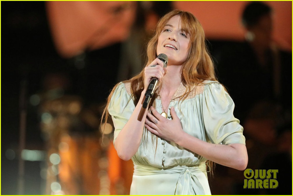 florence the machine debut hunger live on the voice 014089549