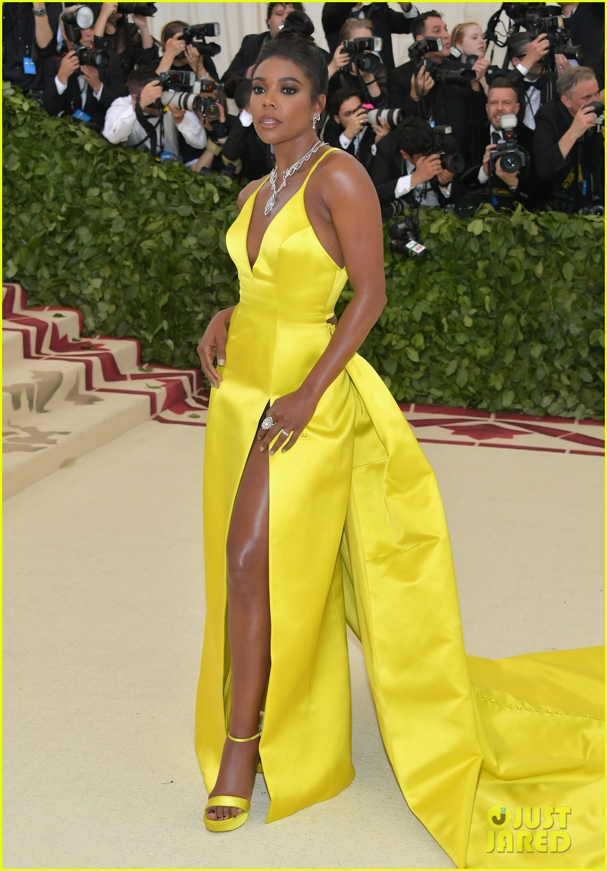 Gabrielle Union Glows On The Red Carpet At Met Gala 2018