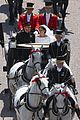 prince harry meghan markle carriage photo from above 09