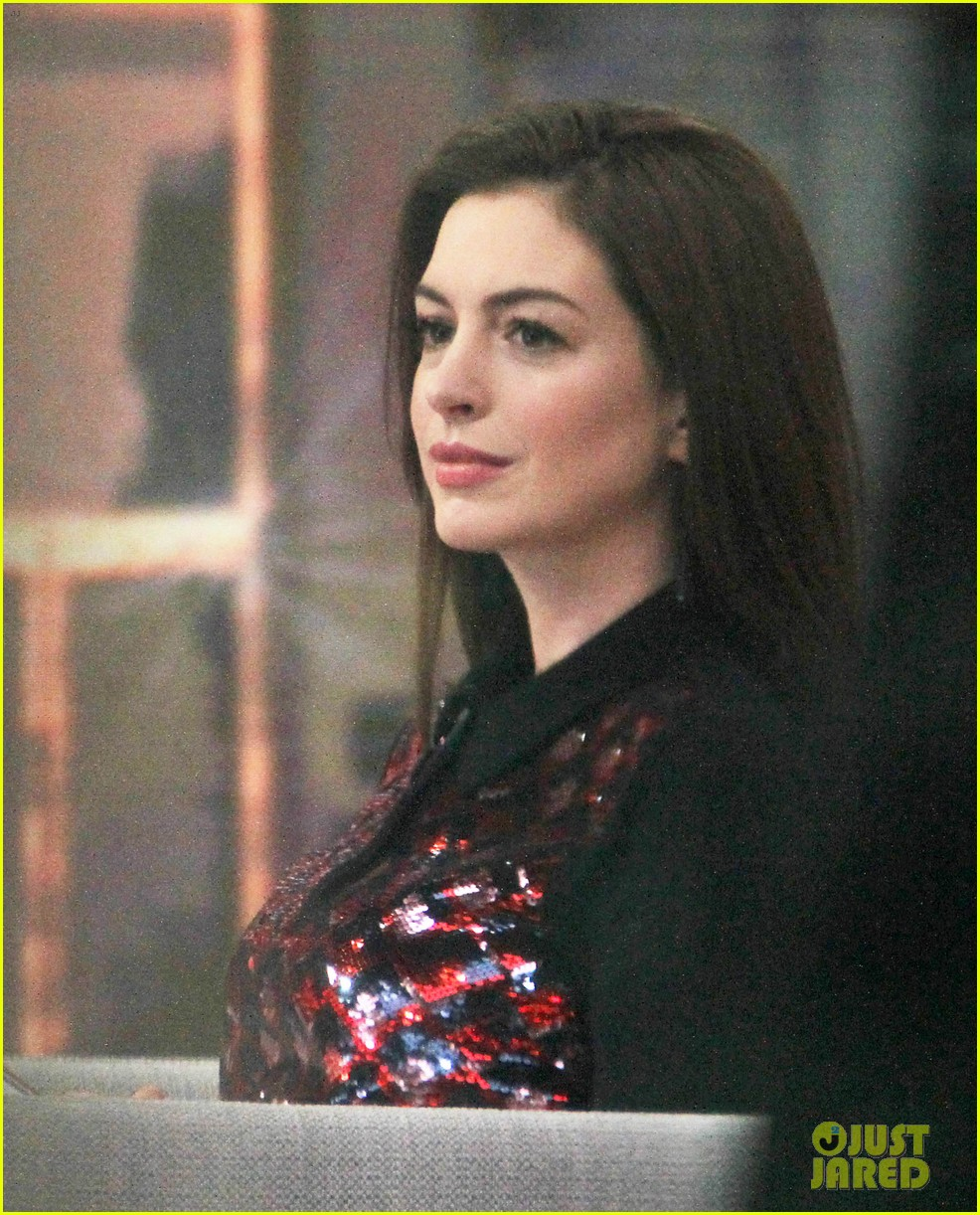 Anne Hathaway Responds To 'Competition' & 'Catfight