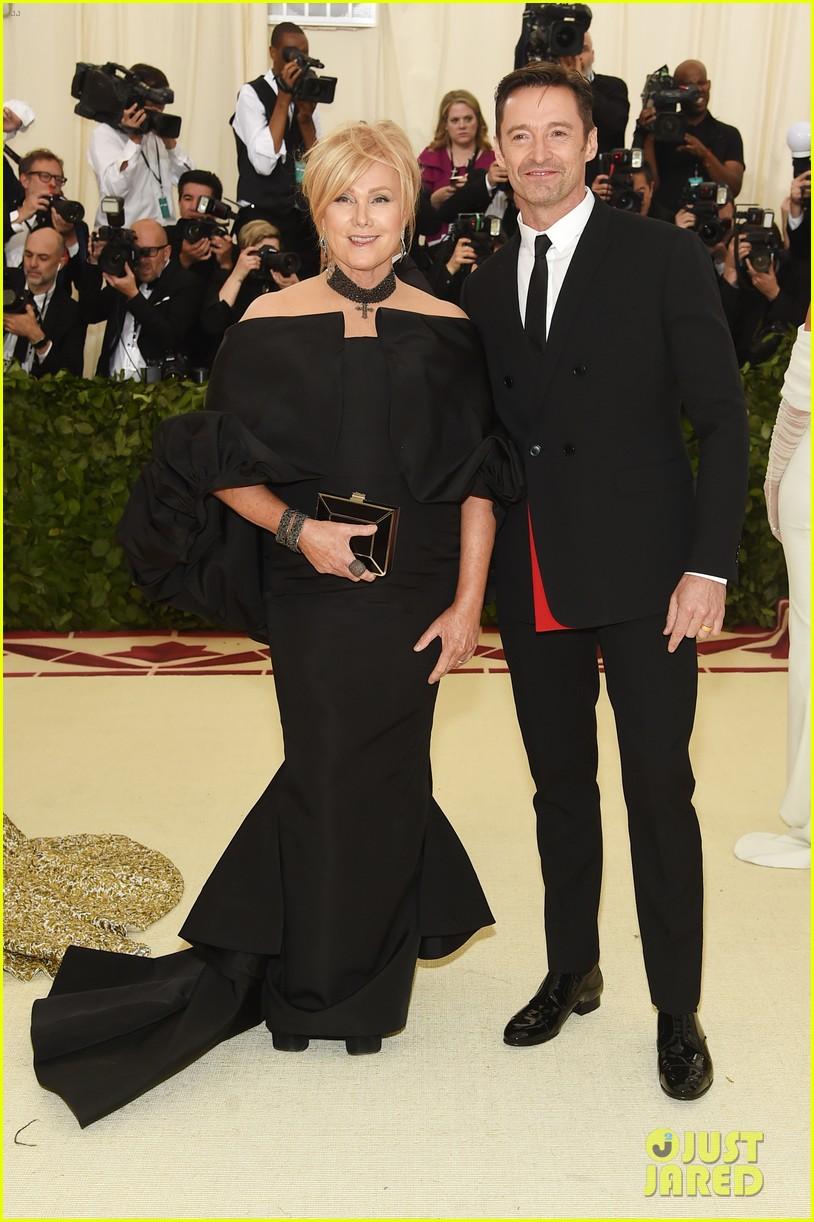 Hugh Jackman & Wife Deborra-Lee Furness Couple Up for Met ...