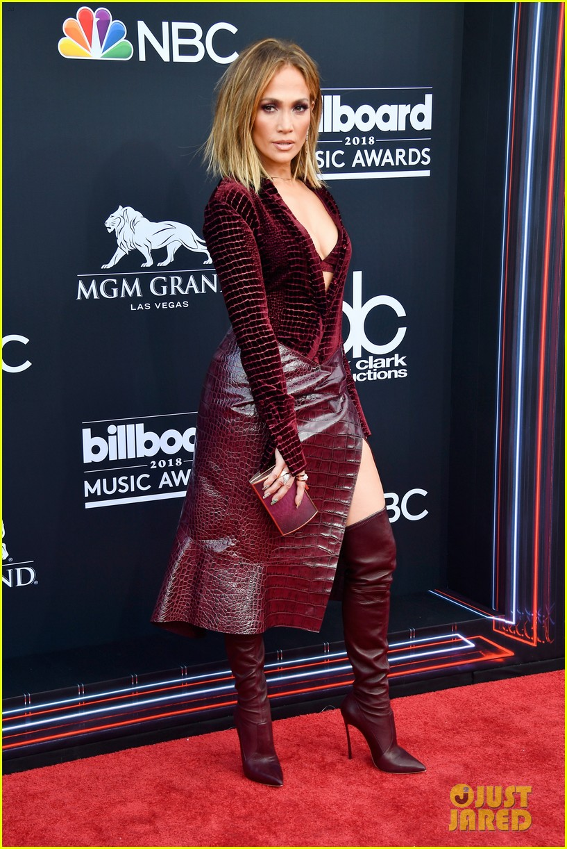 Looks Hot CarpetPhoto Lopez So On 2018 Bbmas Jennifer Red 4087331 doQxBreCW