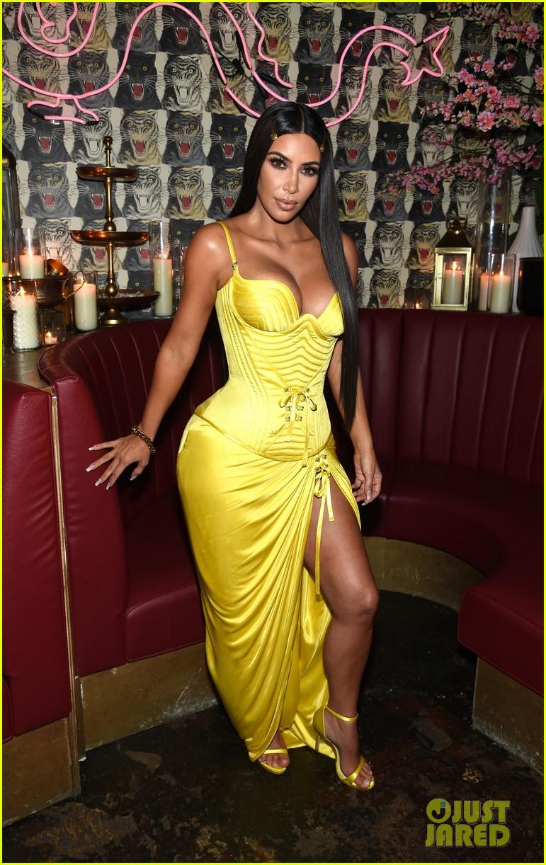 kim kardashian kendall kylie business of fashion dinner 044079743
