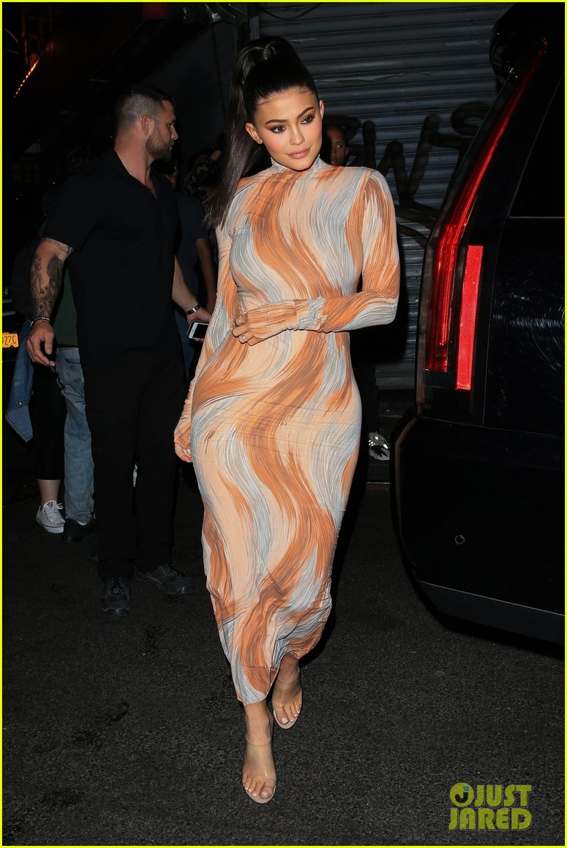 kim kardashian kendall kylie business of fashion dinner 064079745