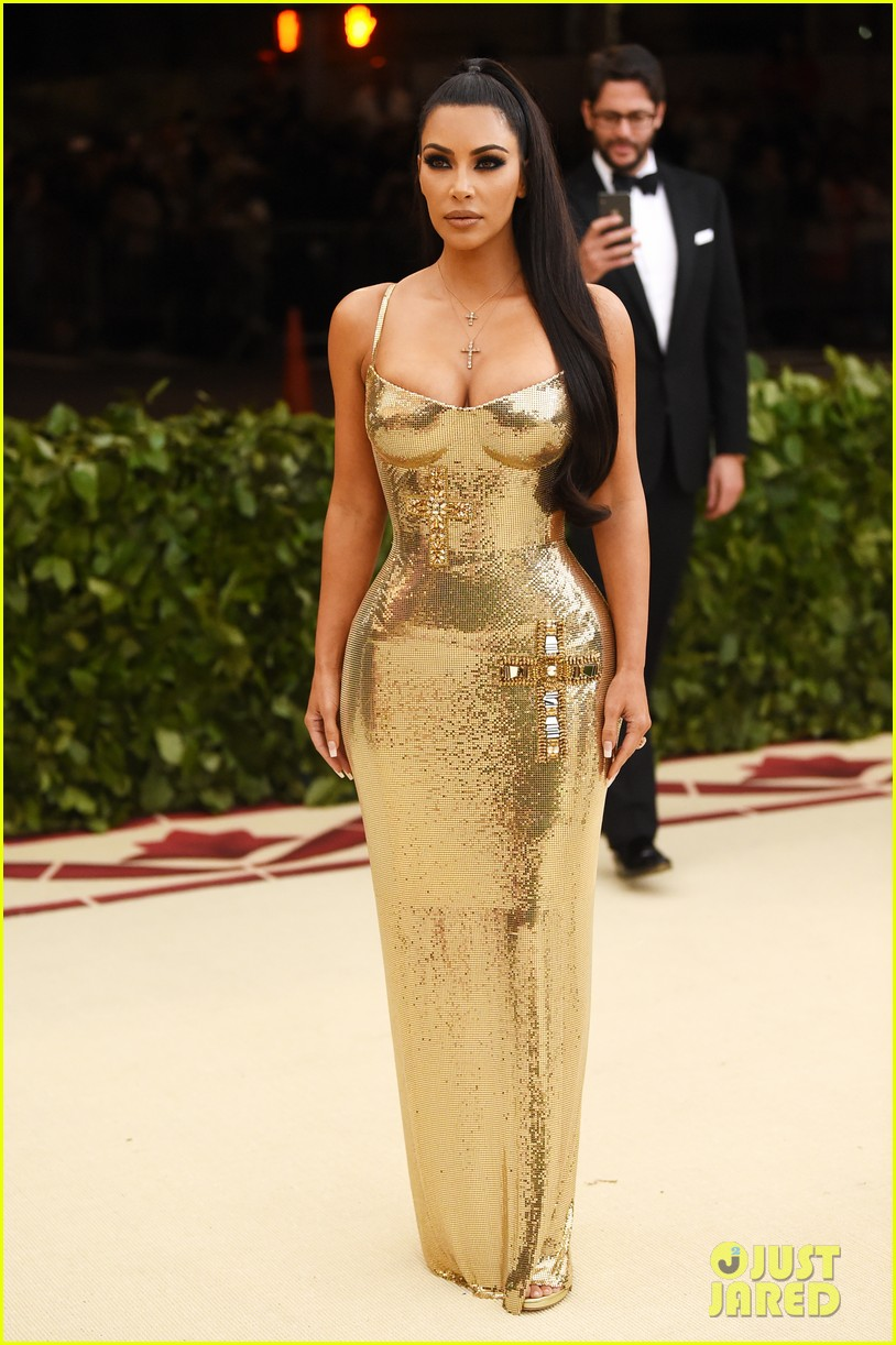 Kim kardashian nails 2018