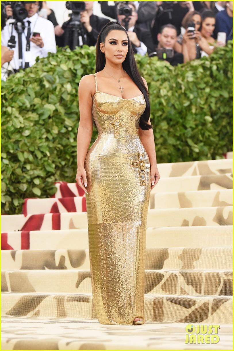 See How Katy Perry Helped Kim Kardashian\'s Met Gala 2018 Look Come ...