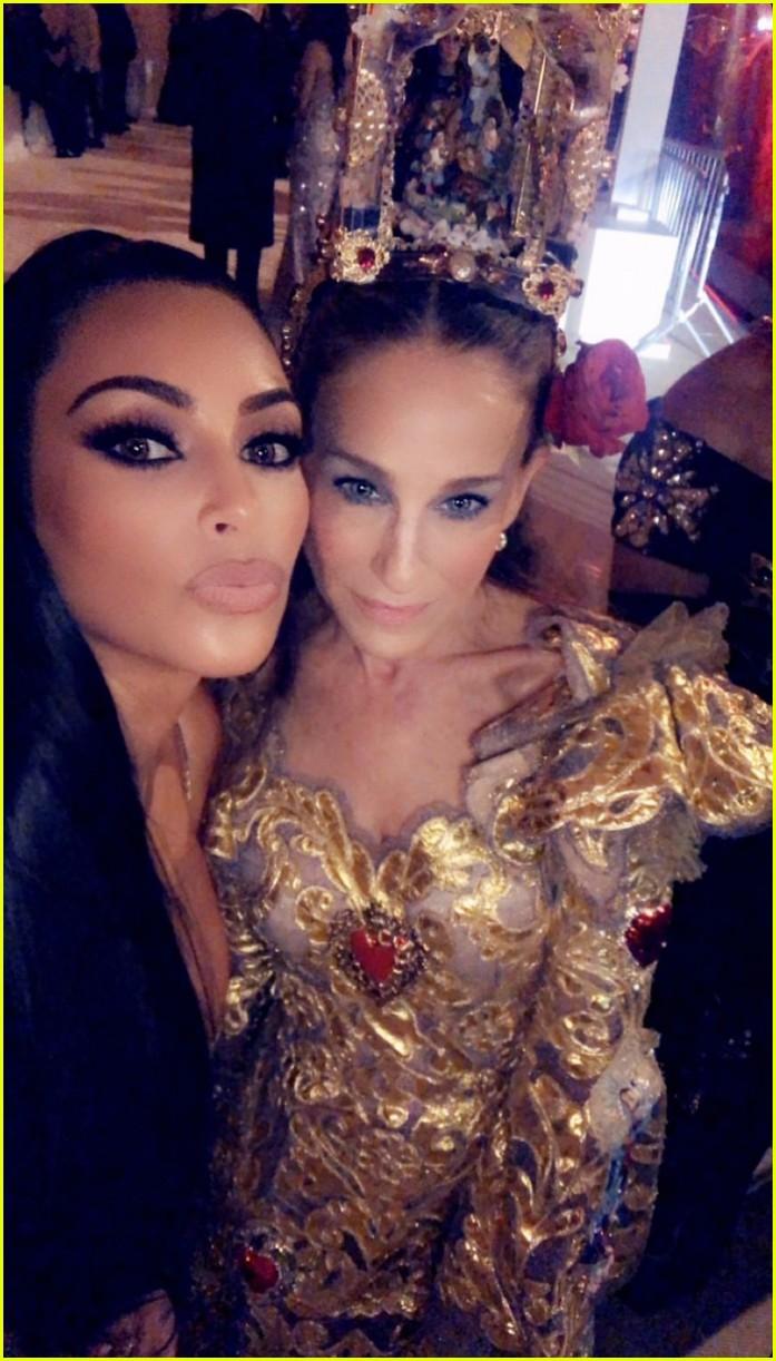 kim kardashian shares her photos from inside met gala 2018 034079332