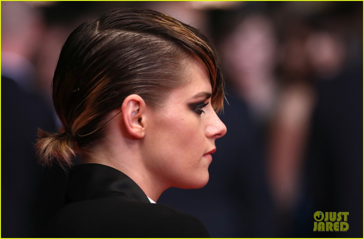 kristen stewart goes for edgy look at latest 'cannes' premiere