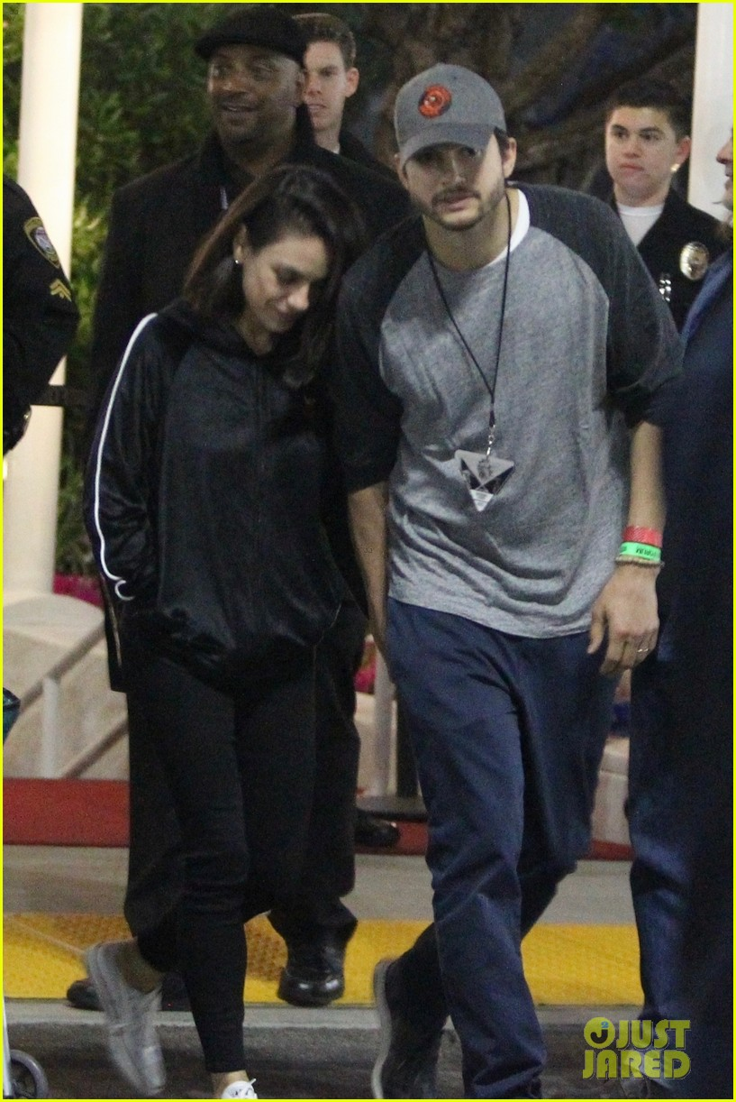 mila kunis ashton kutcher step out for date night at u2 concert 104085054