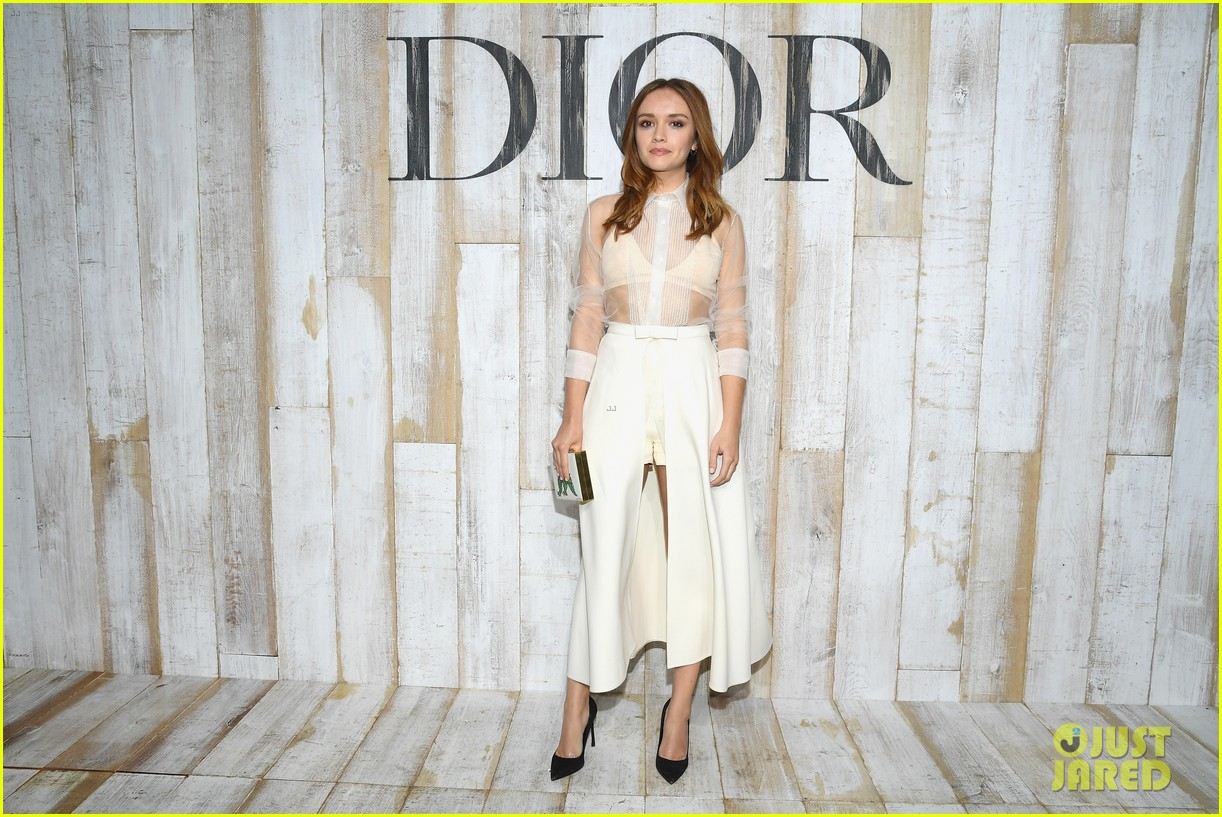 billie lourd and paris jackson get colorful at christian dior photo call 244091131