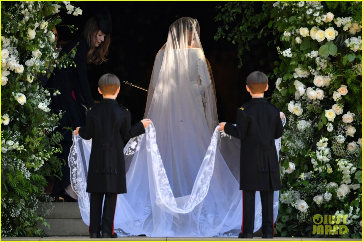 prince harry meghan markle married royal wedding 154086385