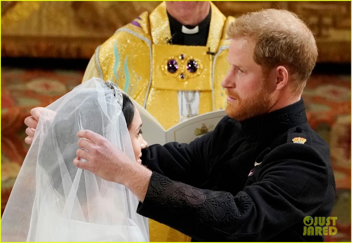 prince harry meghan markle married royal wedding 234086393