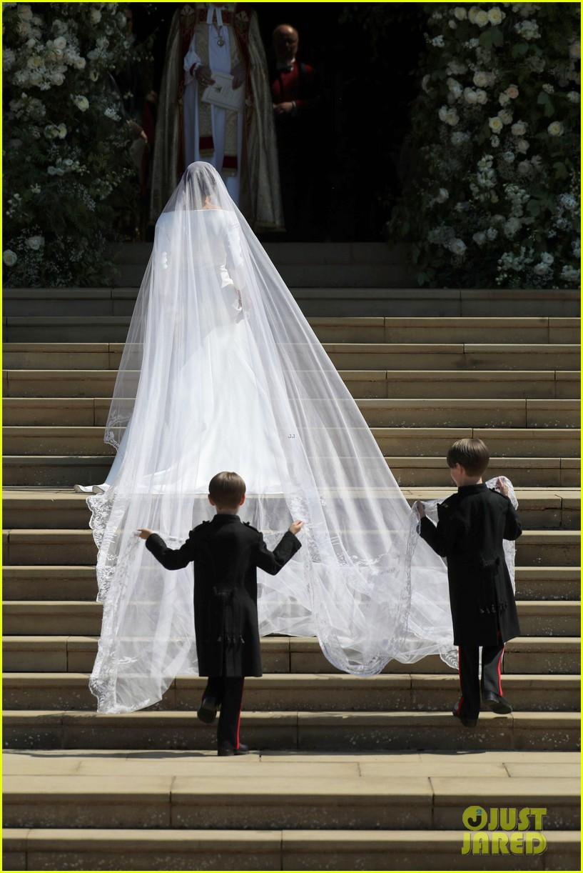 Meghan Markle S Royal Wedding Veil Has A Special Meaning