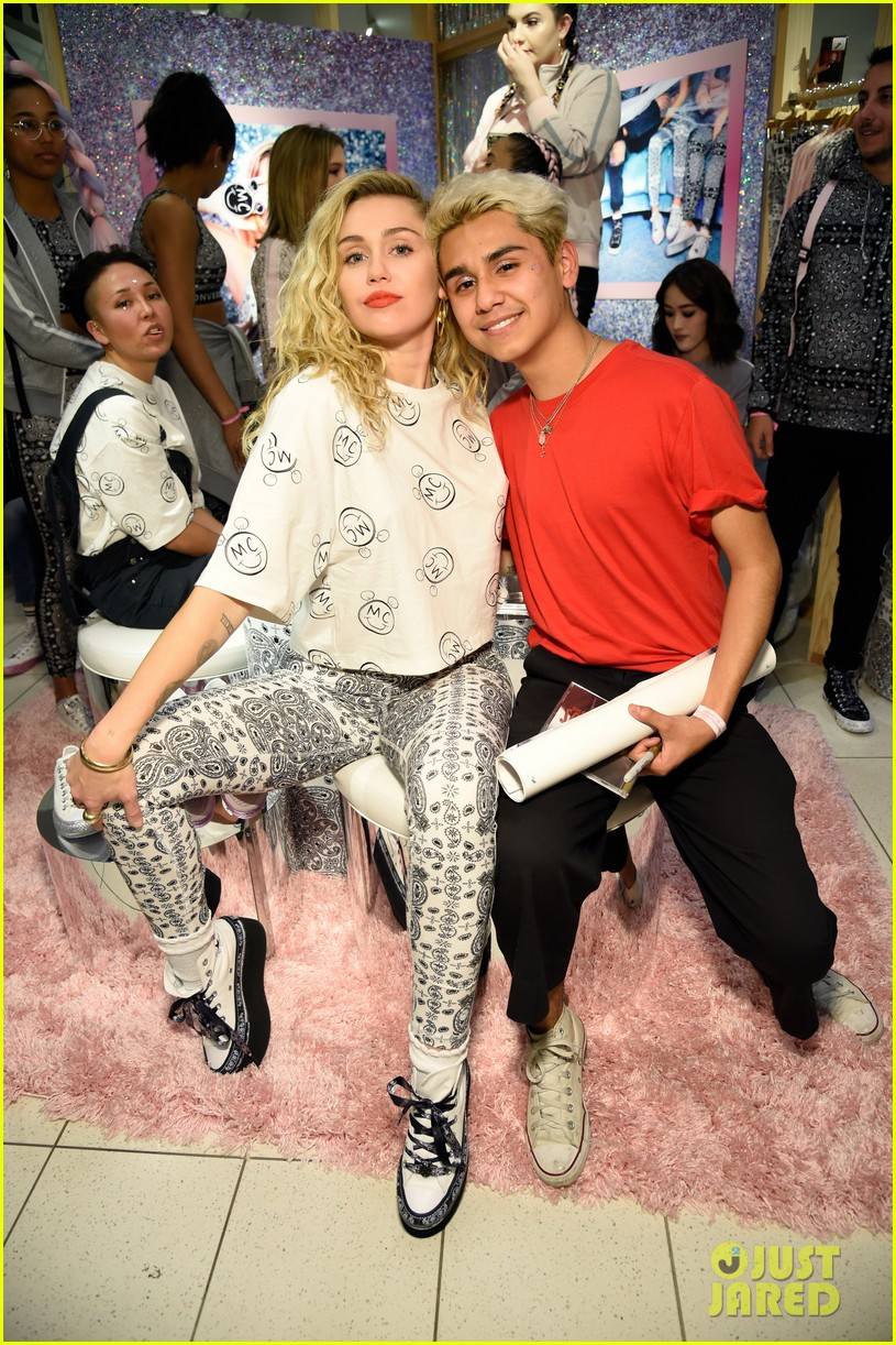 Miley Cyrus Launches 'Converse
