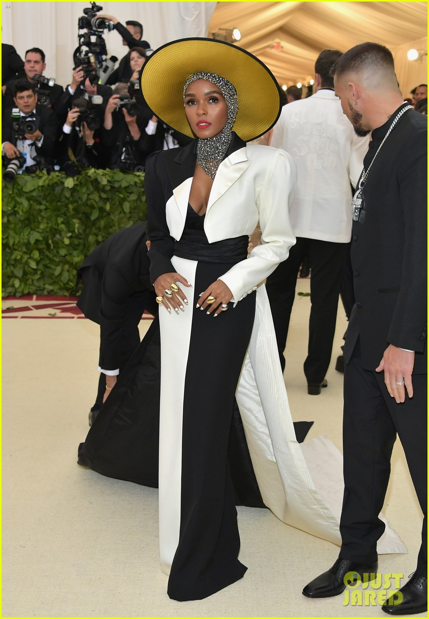 janelle monae is angelic in halo hat and beaded head wrap at met gala 2018 024079045