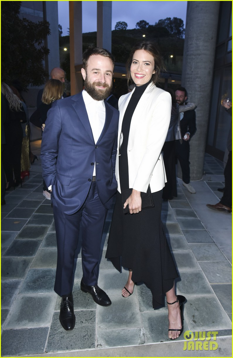mandy moore fiance taylor goldsmith couple up for communities in schools celebration 034076234