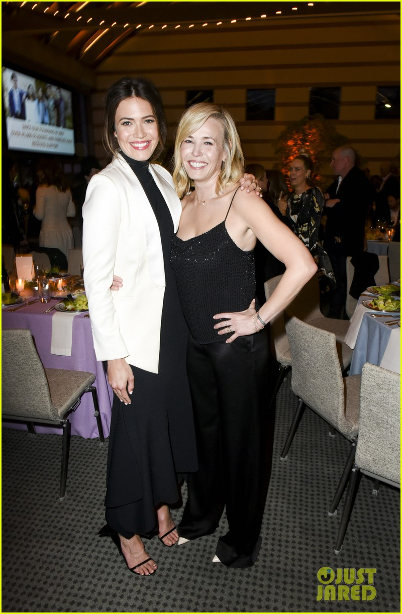 mandy moore fiance taylor goldsmith couple up for communities in schools celebration 184076249