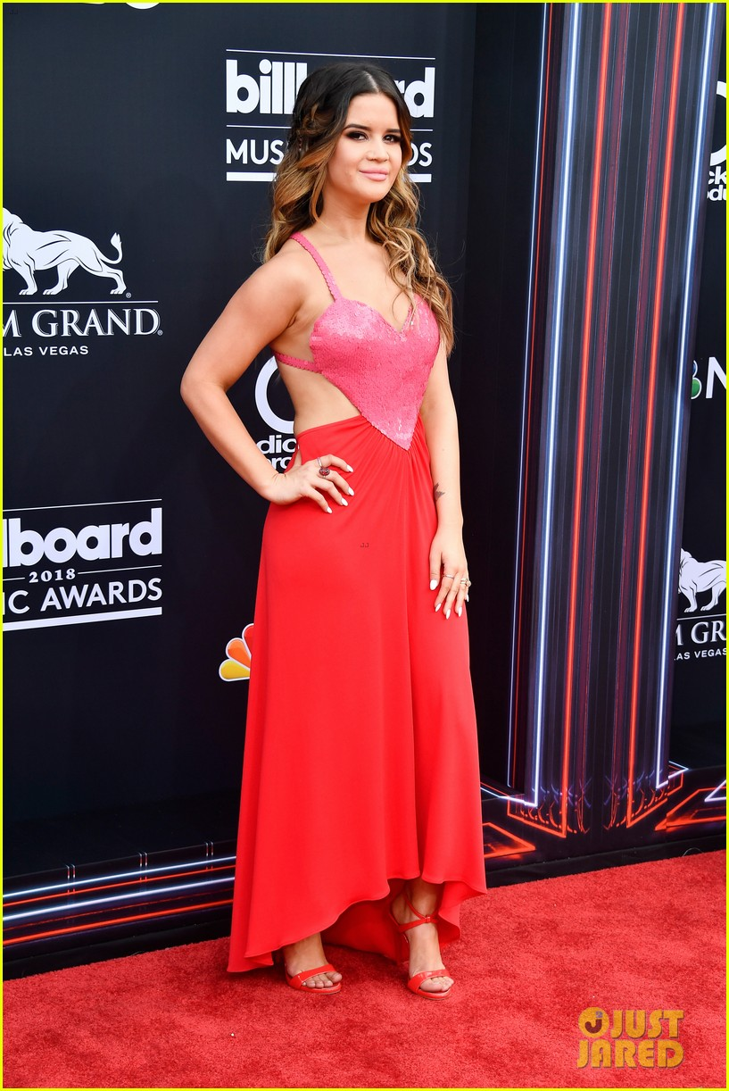 maren morris zedd grey billboard music awards 2018 034087314