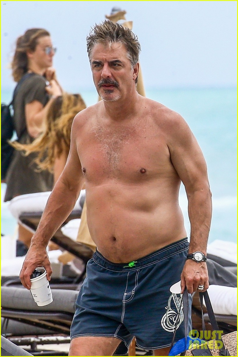 chris noth goes shirtless on the beach during miami vacation 07