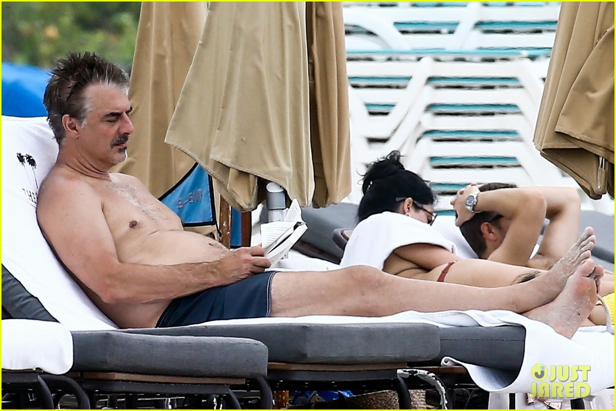 chris noth goes shirtless on the beach during miami vacation 11