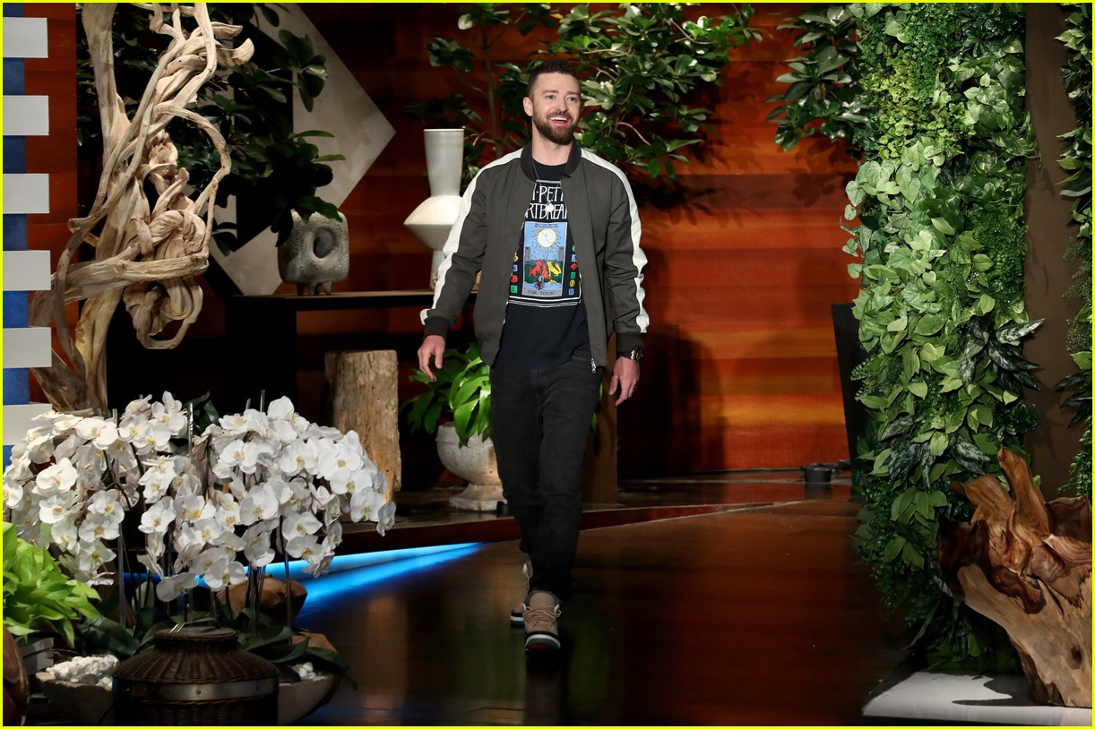 nsync plays never have i ever during surprise appearance on ellen 014075001