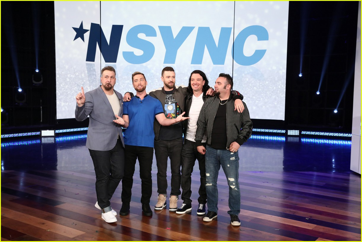 nsync plays never have i ever during surprise appearance on ellen 044075004