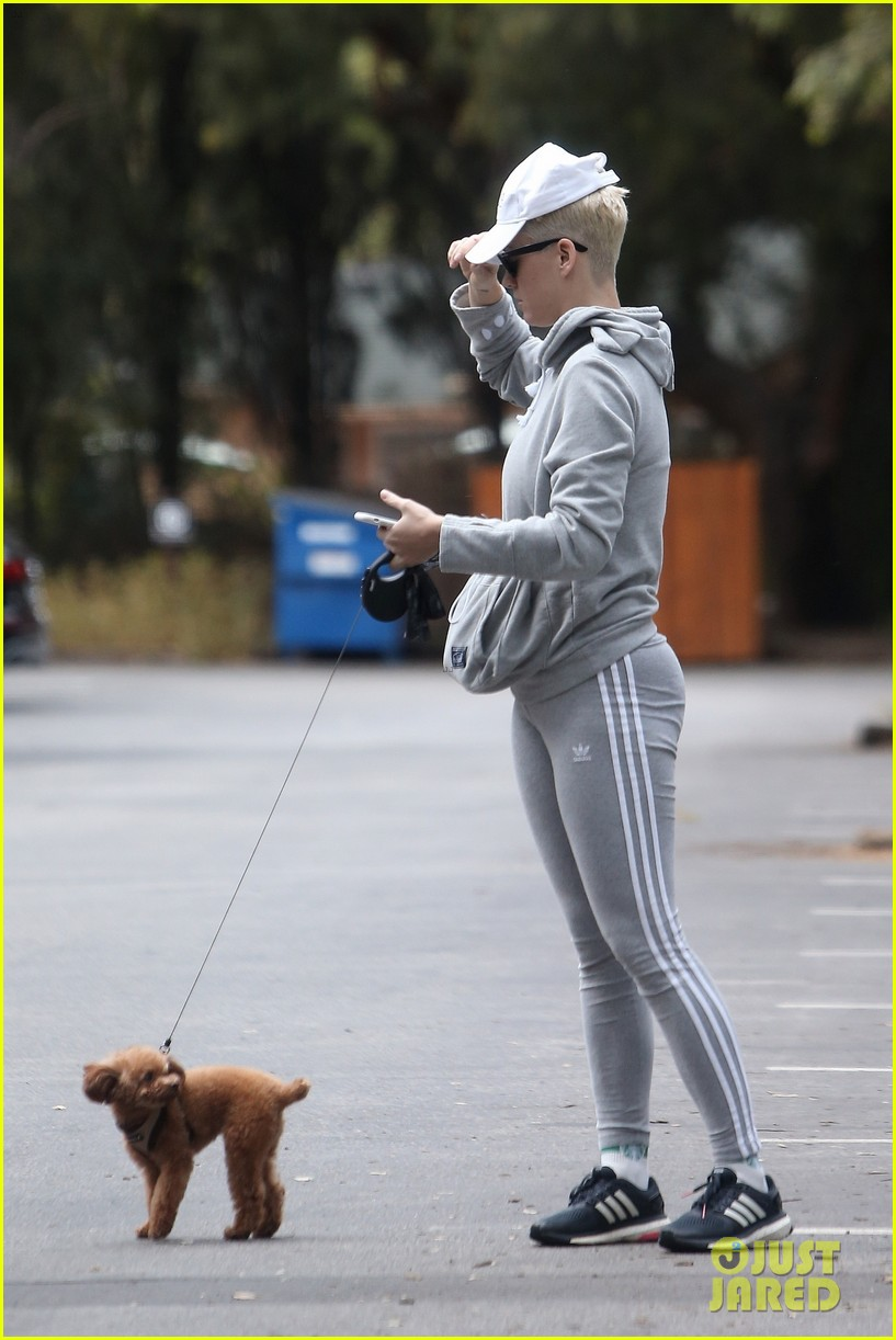 Katy Perry Takes Pup Nugget For A Hike Photo 4081739 Celebrity