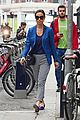 pregnant pippa middleton chic outing 04