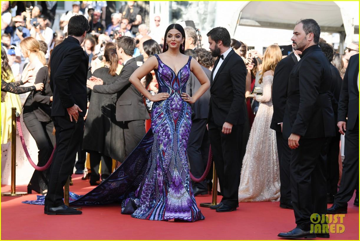 Bollywood Star Aishwarya Rai Makes Red Carpet Return for ...