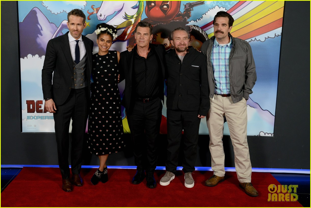 ryan reynolds suits up for deadpool 2 photocall and fan screening 044080666
