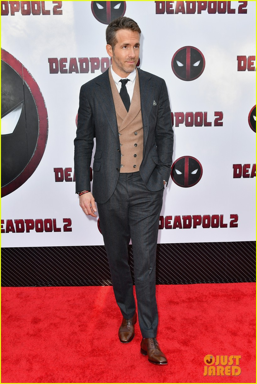 ryan reynolds blake lively deadpool 2 premiere 054082672